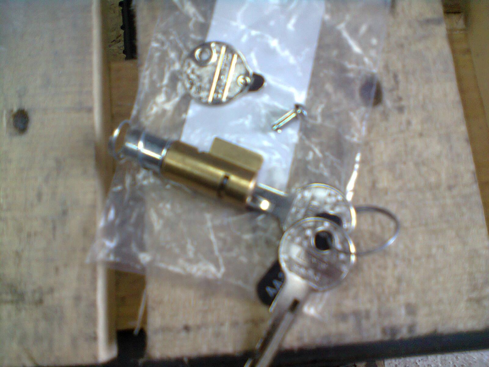 Installing Neimann steering lock on GL1100