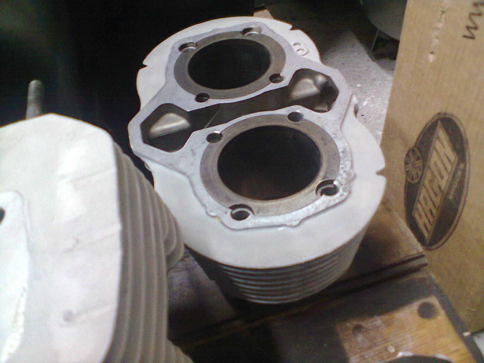 CB500T engine head and cylinder