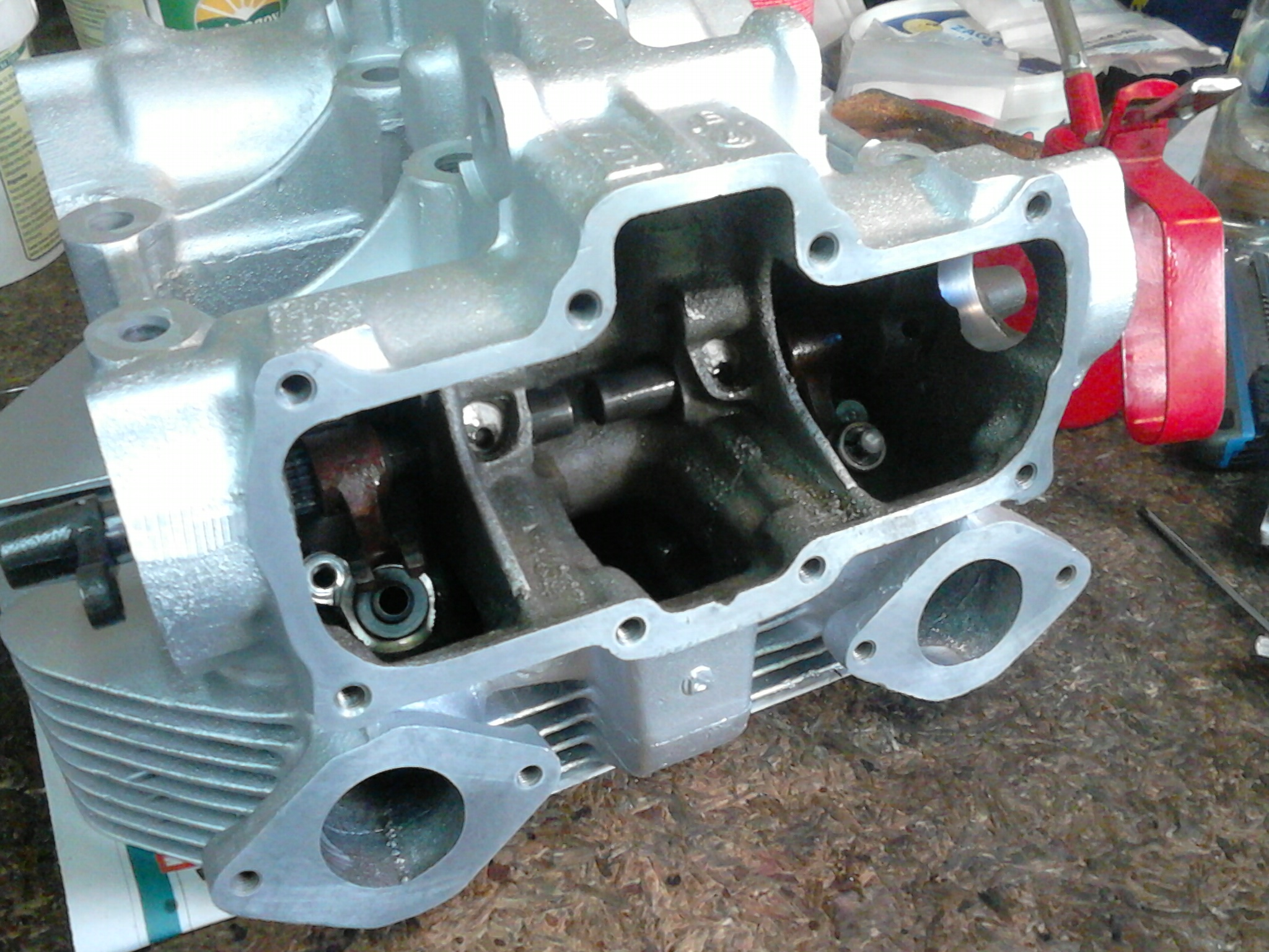 CB500T engine assembly